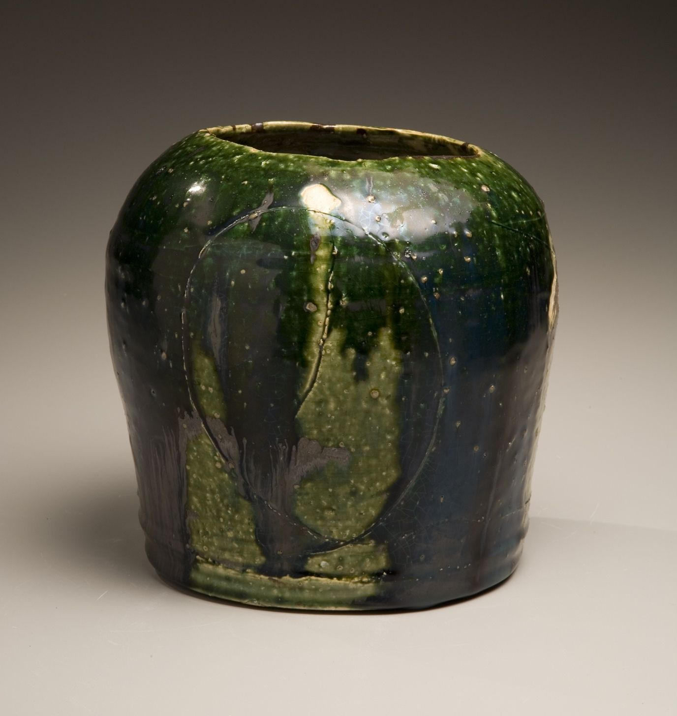 Rounded vessel, 2005