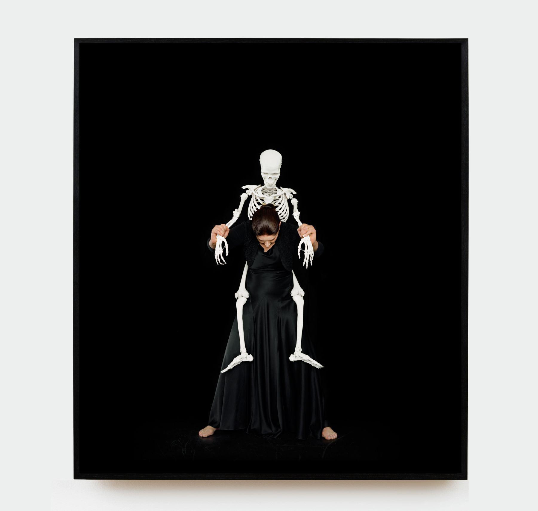 MARINA ABRAMOVIC, Standing with Skeleton, 2008/2016