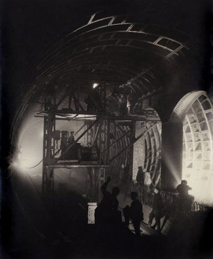 60 Meters Underground, Komsomolskaya Station, 1950