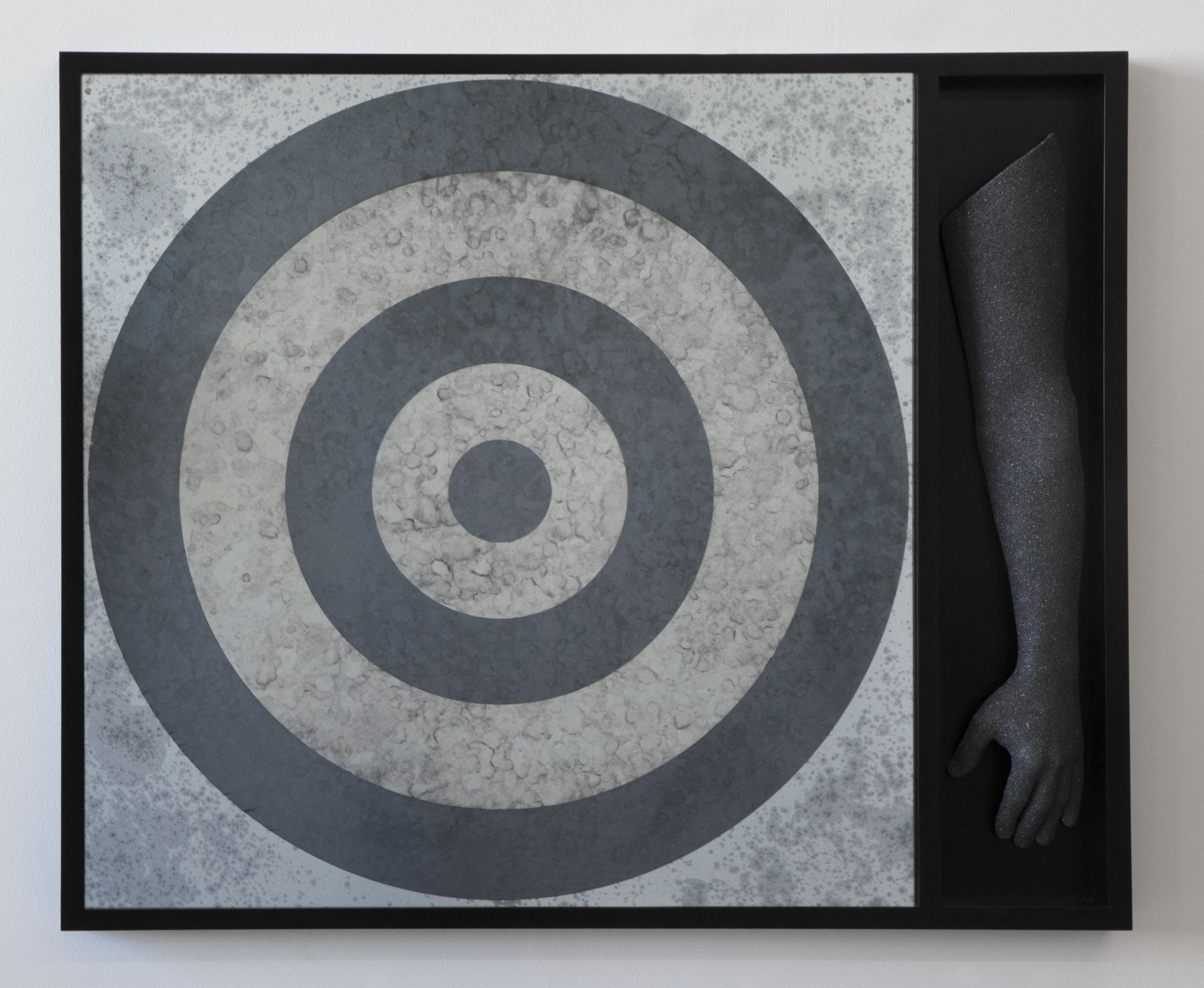 Hank Willis Thomas Target (with One Arm), 2018