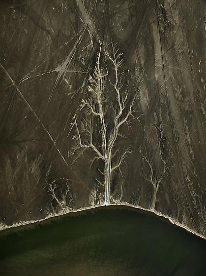, Edward Burtynsky, Colorado River Delta #4, Sonora, Mexico, 2011, Chromogenic color print, 64 x 48 inches