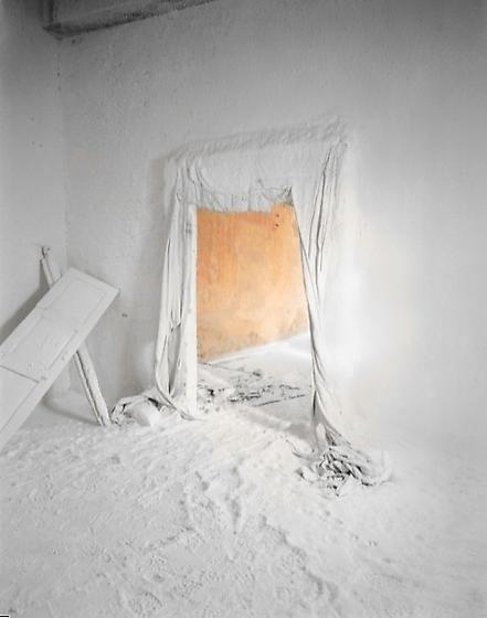 Edward Burtynsky, Saltworks #1, Sambar Salt Flats, Rajasthan, India, 2000, chromogenic color print, 49 x 39 inches/124.5 x 99.1 cm, Photographs © 2010 Edward Burtynsky