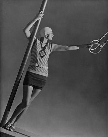 Mlle Alicia, Swimwear by Patou, 1928, 20 x 16 Platinum Palladium on 24 x 20 Paper, Ed. 27