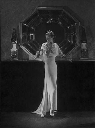 Lanvin (Mirror), c. 1903's, 20 x 16 Platinum Palladium on 24 x 20 Paper, Ed. 27