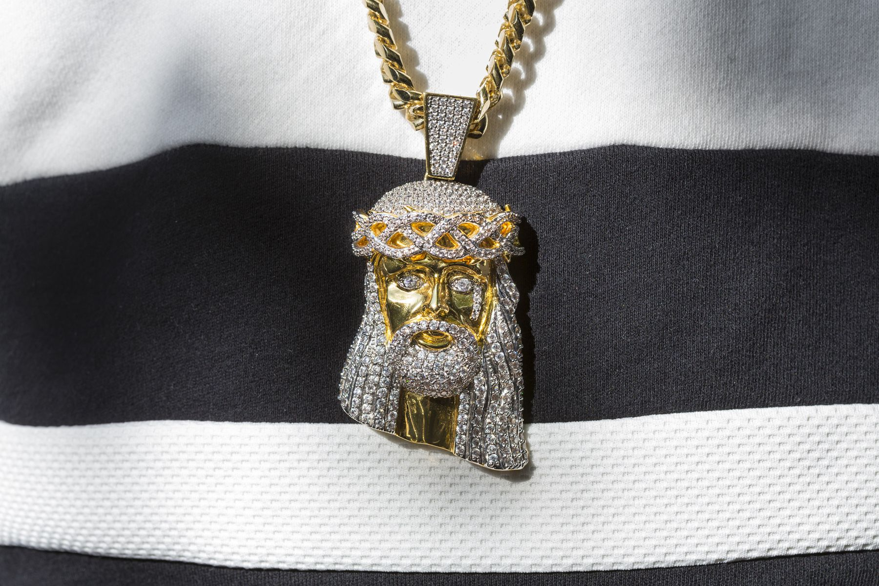 Another guest's Jesus bling, Atlanta, 2015