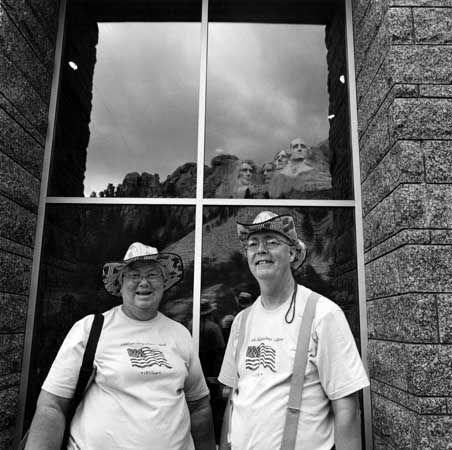 (Mount Rushmore)
