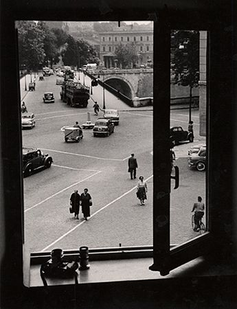 View From A Window I, Trastevere, 1953, 10-1/2 x 7-15/16 Vintage Silver Gelatin Photograph