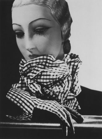Scarf and Gloves by Chanel, Mannequin by Pierre Imans, 1934, 20 x 16 Platinum Palladium on 24 x 20 Paper, Ed. 27