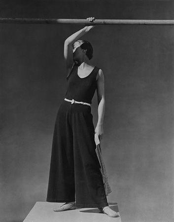 Simone Demaria, Beachwear by Schiaparelli, 1930, 20 x 16 Platinum Palladium on 24 x 20 Paper, Ed. 27