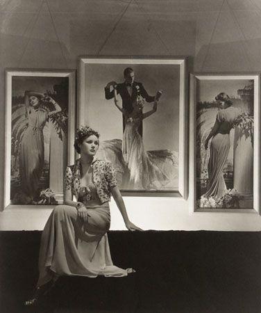 Seligmann Gallery, 1938, 15-1/4 x 18-1/4 Platinum Print, Edition 25