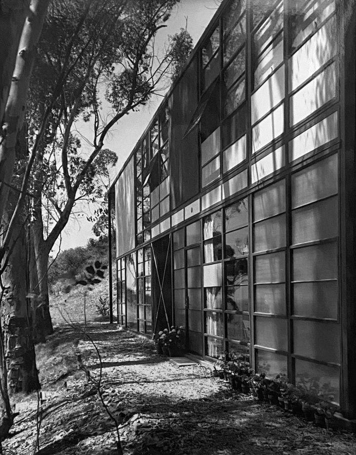 Eames Residence (Outside),