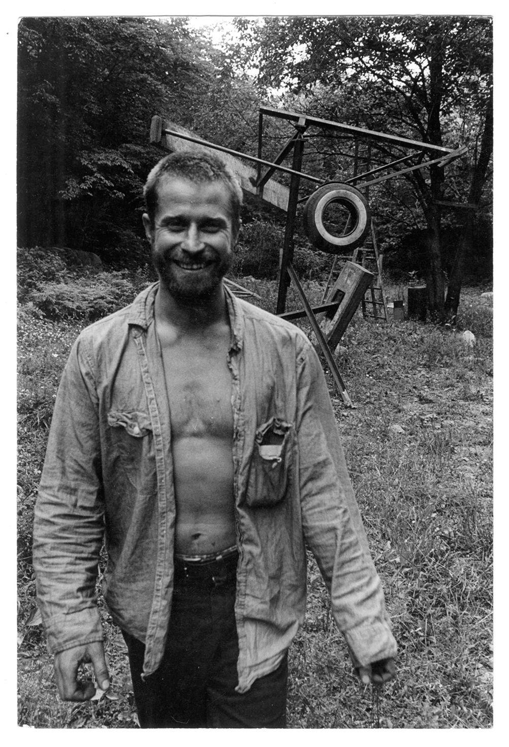 Copyright Danny Lyon / Magnum Photos, Mark Di Suvero at Stony Point NY, 1965