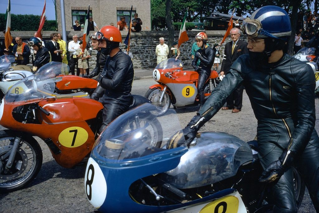 Starting Line with Agostini (# 9), Isle of Man TT, 1967, 17 x 22 Archival Pigment Print