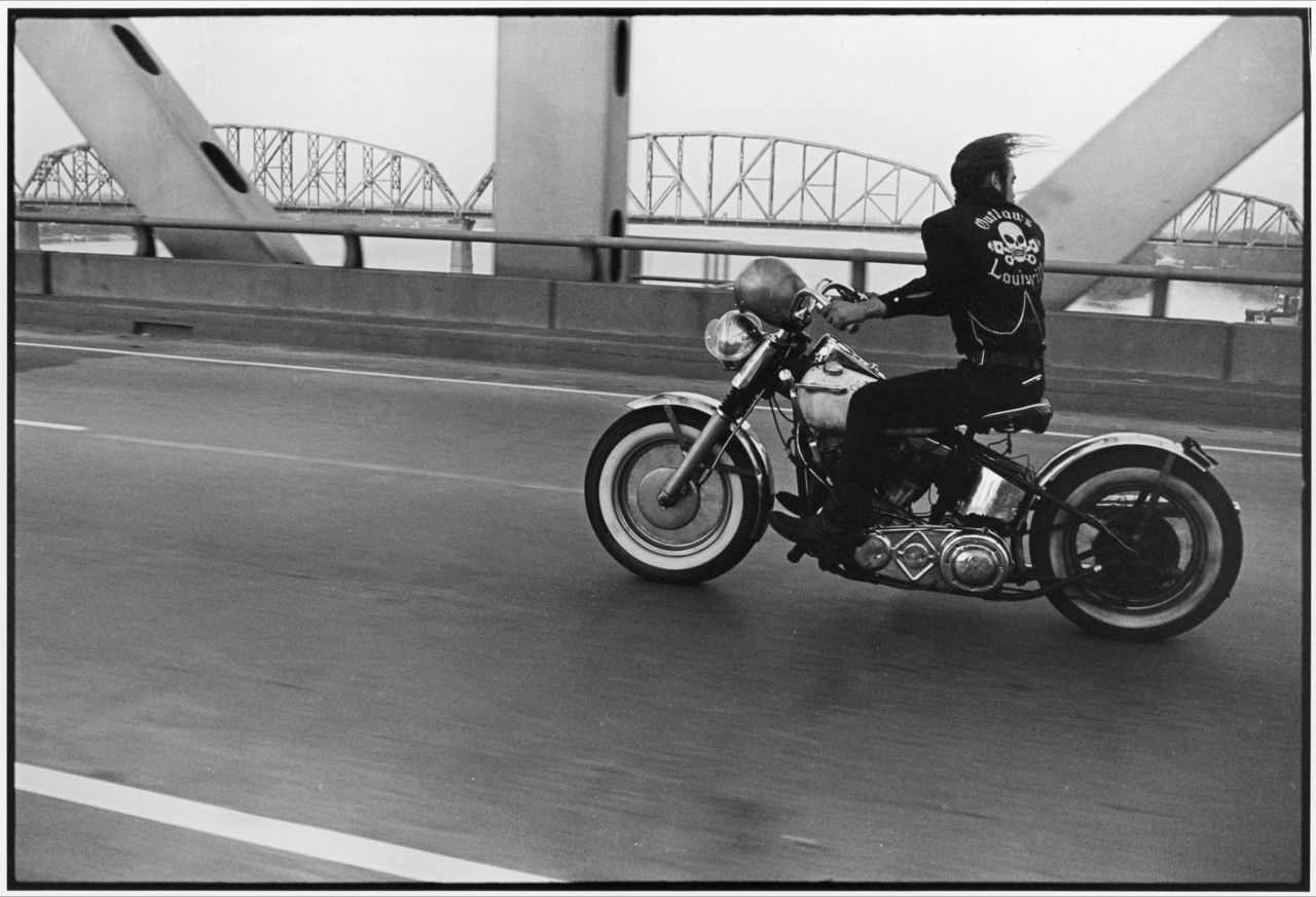 Copyright Danny Lyon / Magnum Photos, Crossing the Ohio, from The Bikeriders, 1965