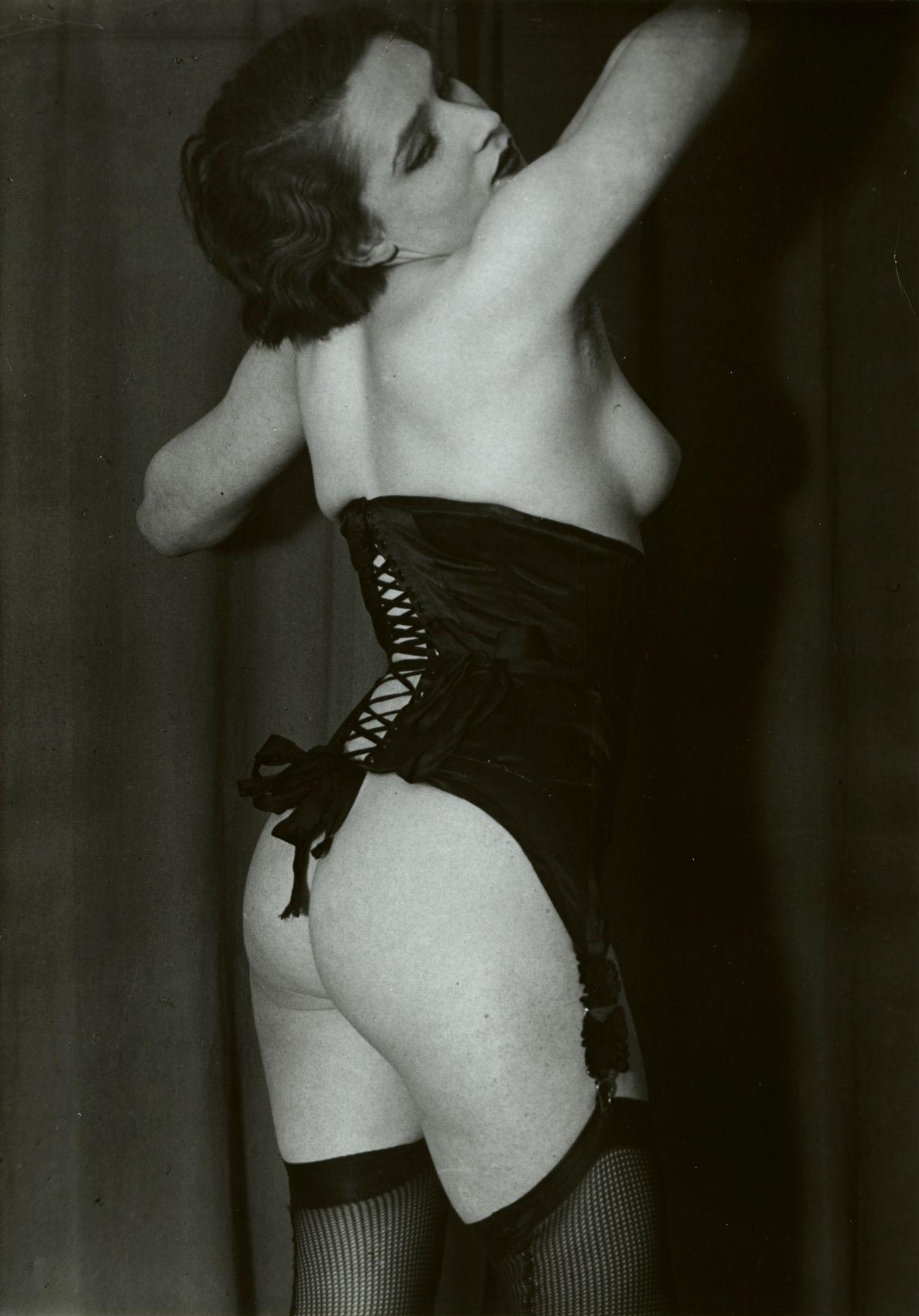 brassaï le corset noir