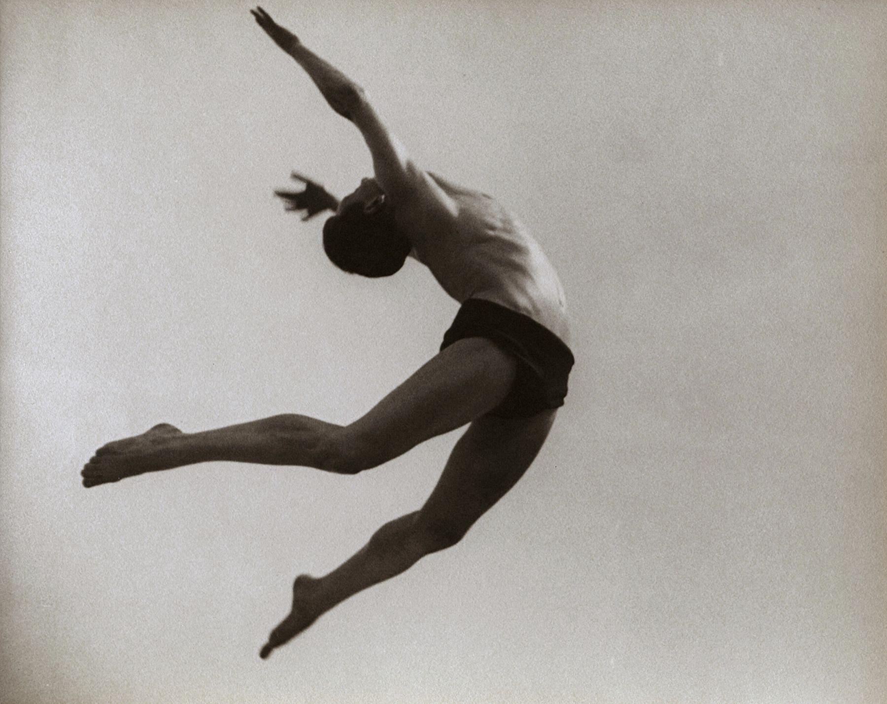 Ilse Bing, Dancer, Willem Van Loon, Paris, 1932
