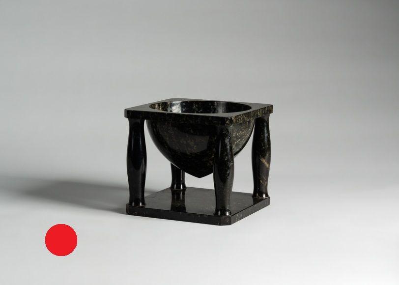 Muller centerpiece