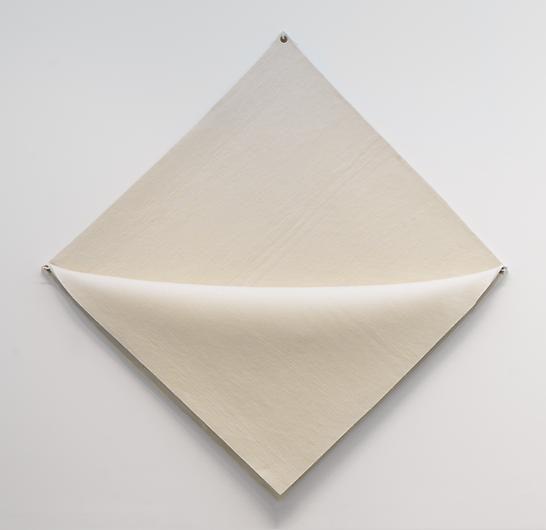 ROBERT MORRIS Untitled (white felt)