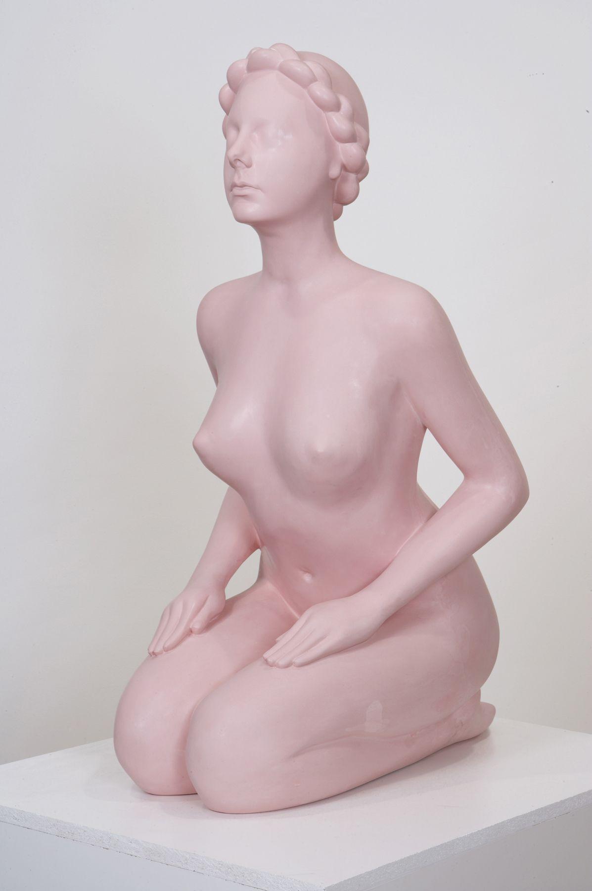 VANESSA BEECROFT Sister Sculpture