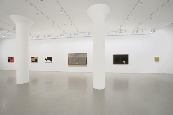 ALBERTO BURRI Installation view at Mitchell-Innes & Nash, NY, 2008