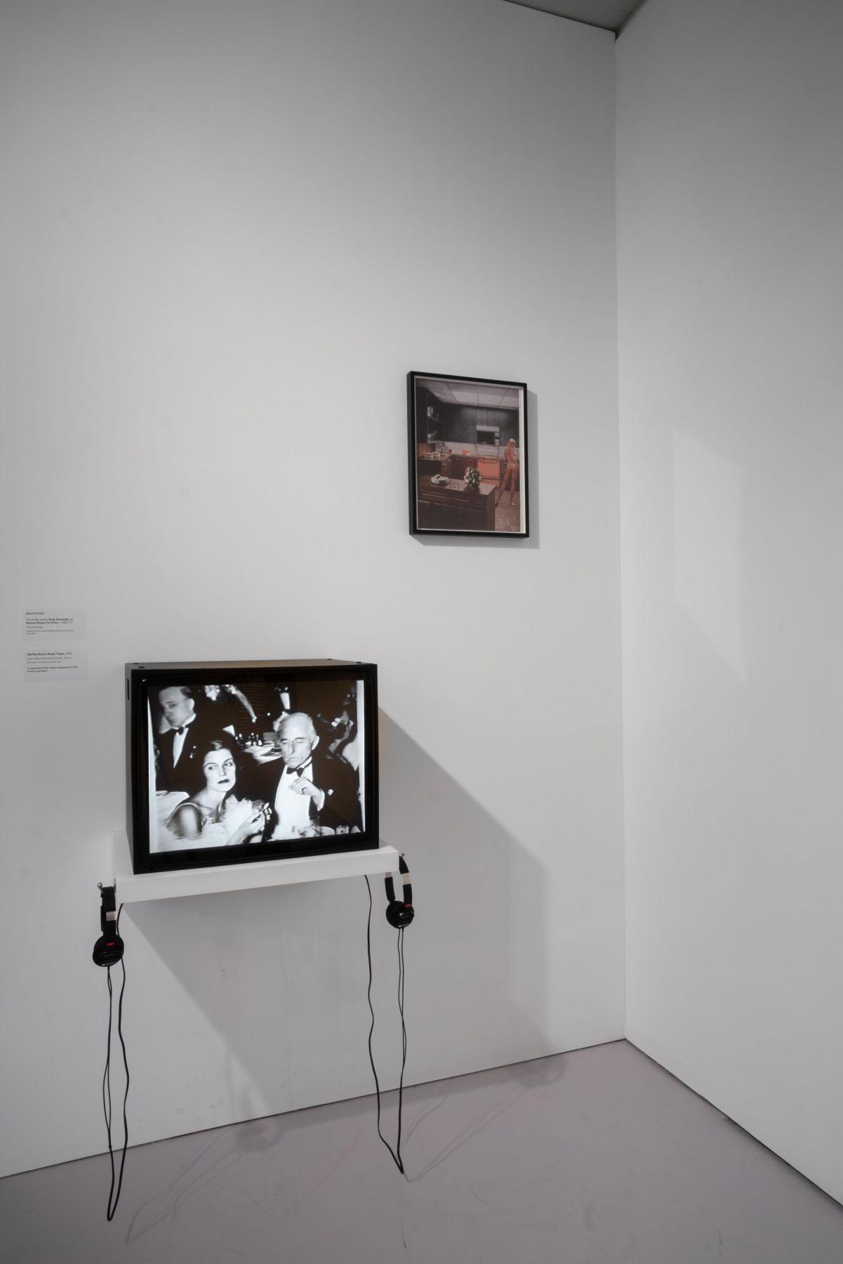 MARTHA ROSLER Installation view ofIrrespectiveat The Jewish Museum, New York, 2018