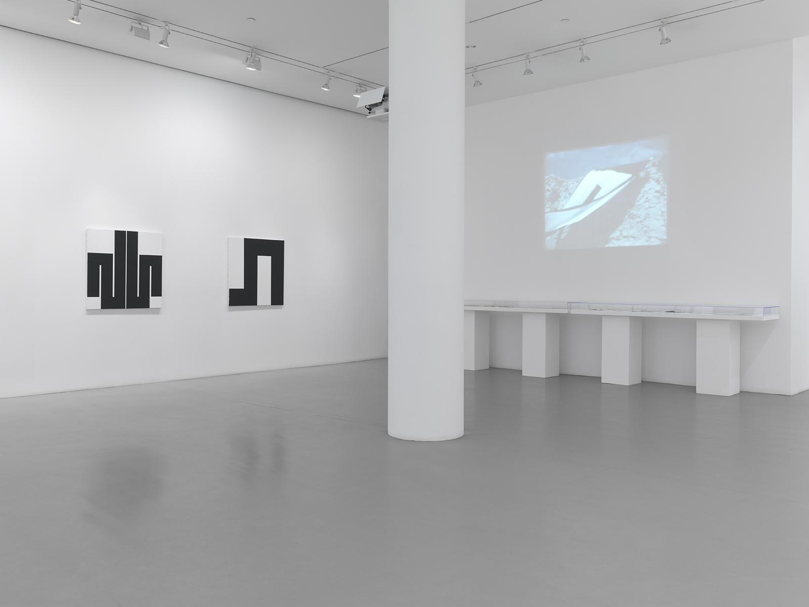 JULIJE KNIFER Installation view at Mitchell-Innes & Nash, NY, 2014