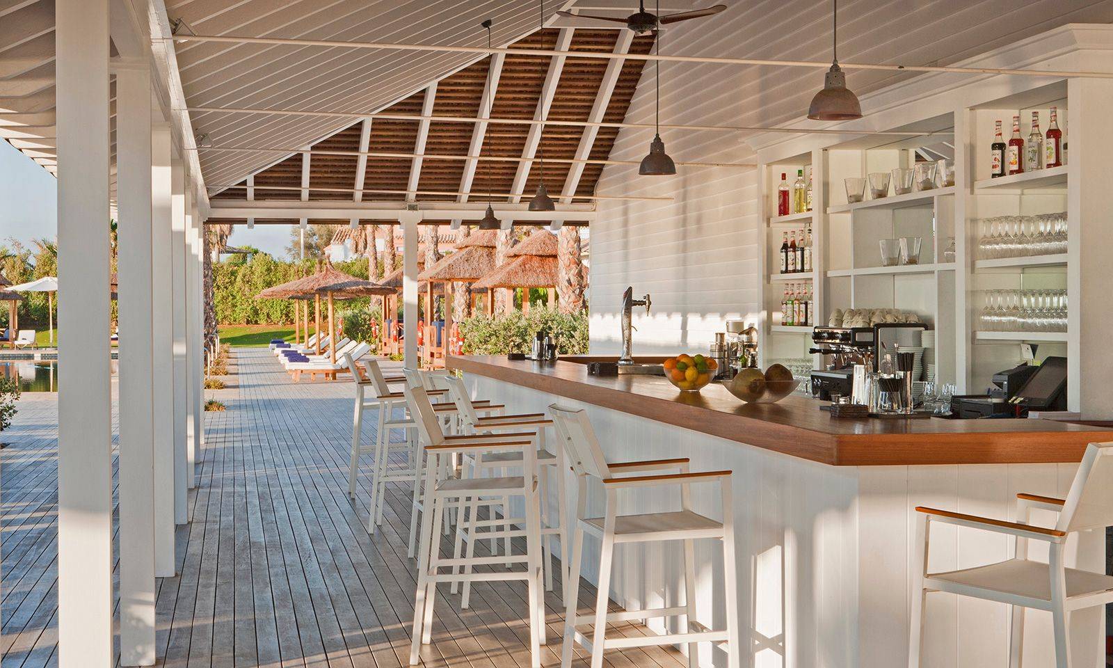 Raw Interiors Marbella : Beach club restaurants finca cortesin