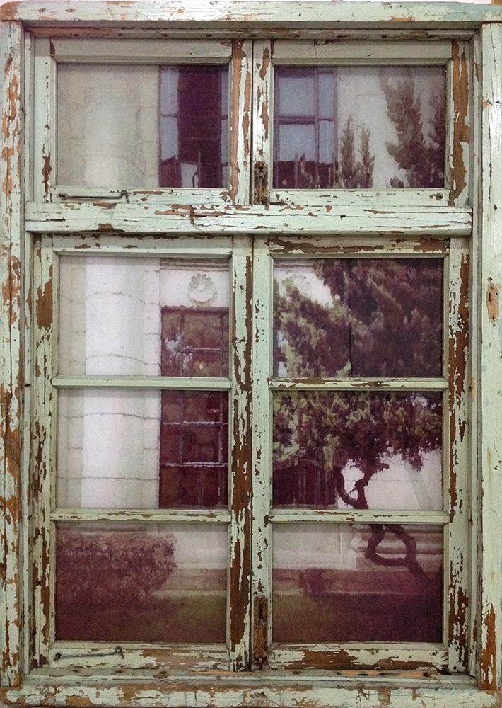 Li Qing 李青 (b. 1981), Neighbor's Window- St.Petersburg Style #3 邻窗·åœ£å½¼å¾—堡风#3