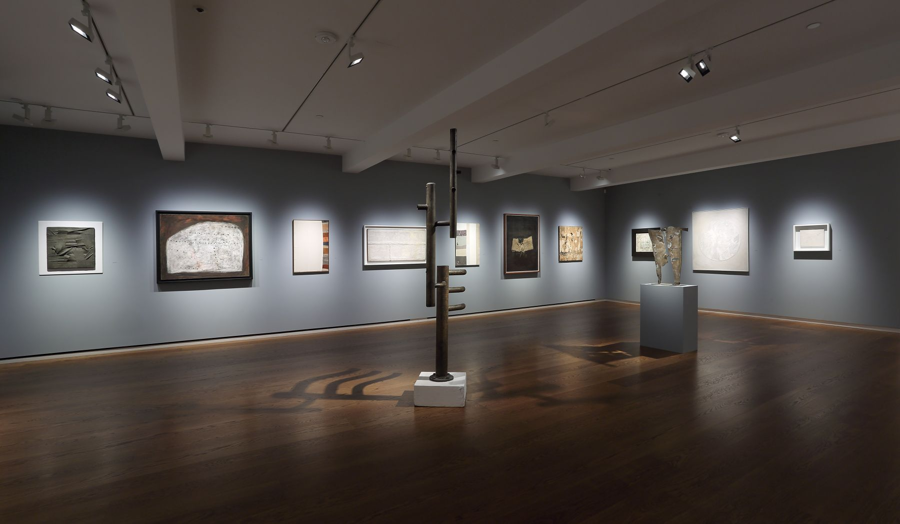 Nuvolo and Post-War Materiality 1950–1965, Installation View