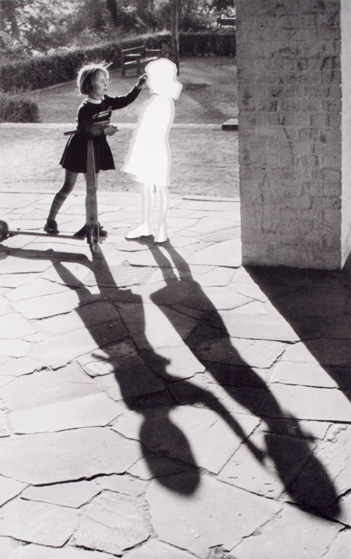 Hans-Peter Feldmann, Two Girls with Shadow, 2004, Silver gelatin print
