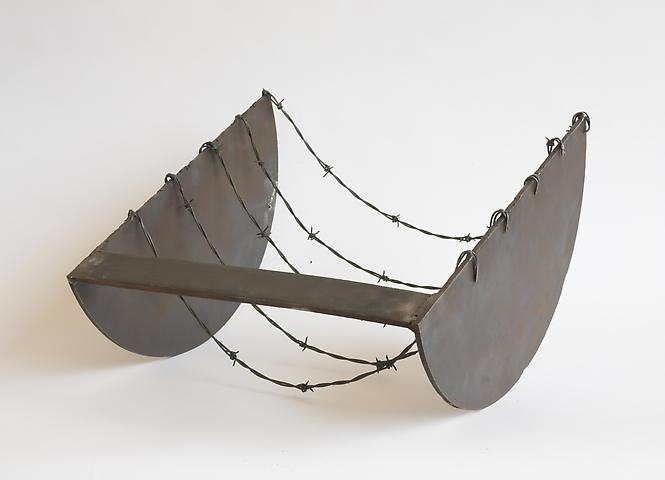 Melvin Edwards, Five to the Bar (1973)