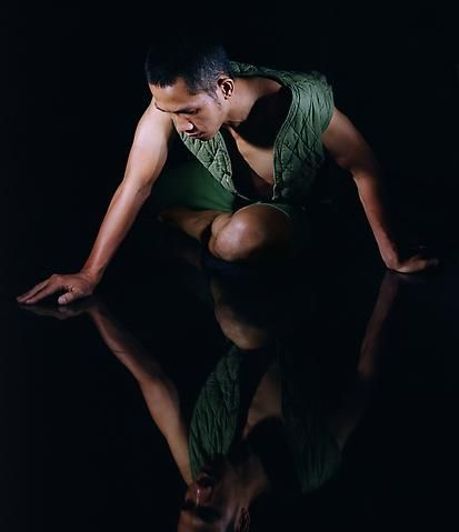 Narcissus (2010) Pigment print; Edition of 7 with 1 AP