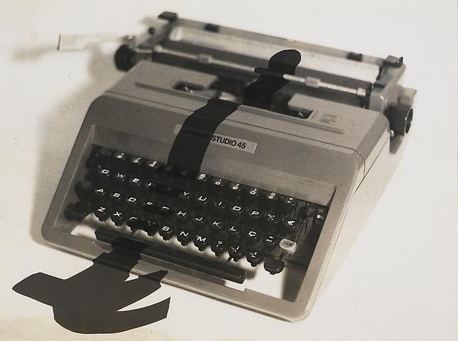 Regina Silveira Enigma 3, 1981