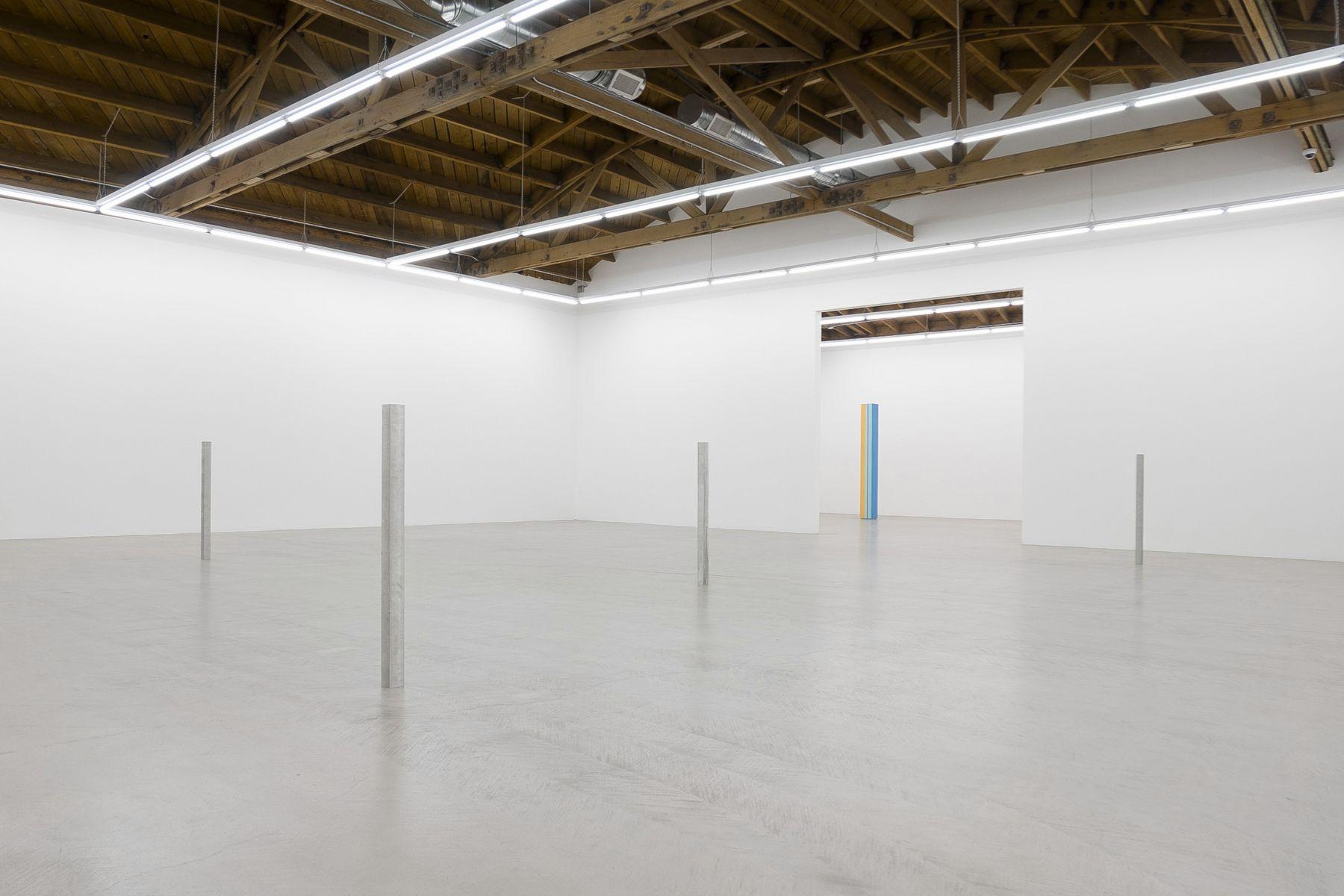 Installation view, Anne Truitt / Daniel Turner, May 12 - June 16, 2018, courtesy Parrasch Heijnen Gallery