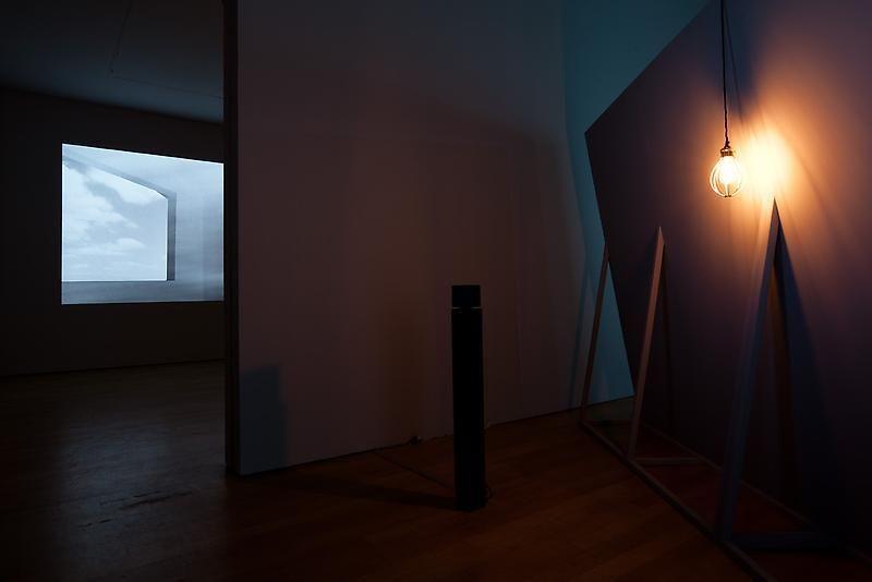 HIRAKI SAWA O, 2009 and did i?, 2011 (installation view)