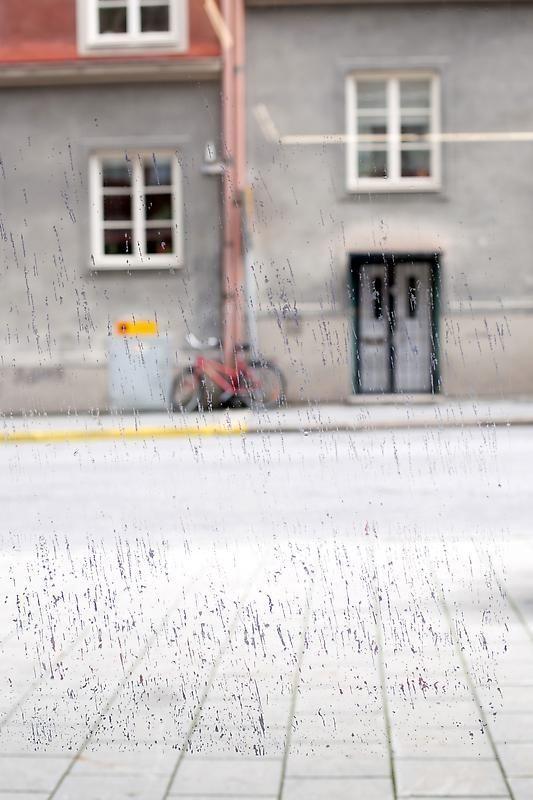 SPENCER FINCH Rain on the Studio Window (2/29/12)