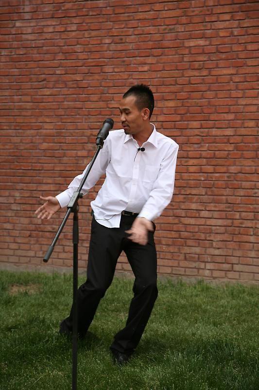 HU XIANGQIAN Xiangqian's Art Museum, 2010 (video still)