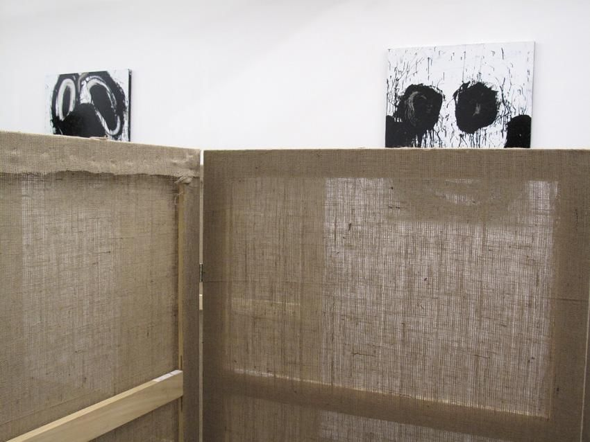 Installation view Interim in Three Rounds