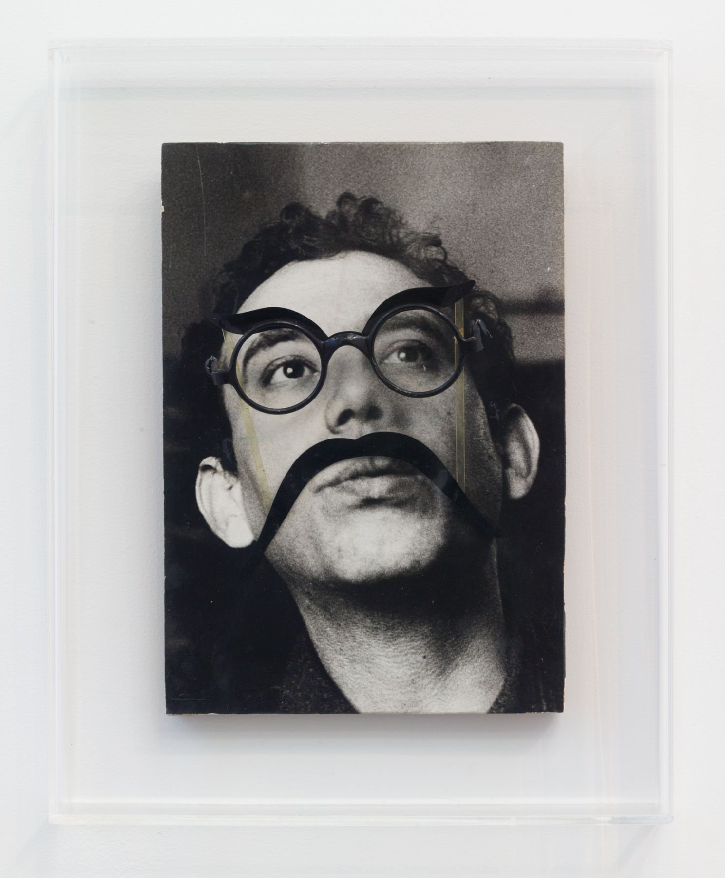 Daniel Spoerri, Autoportrait aux lunettes