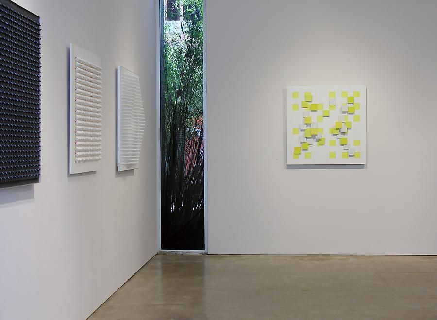 Luis Tomasello, Exhibition at Sicardi | Ayers | Bacino,2007