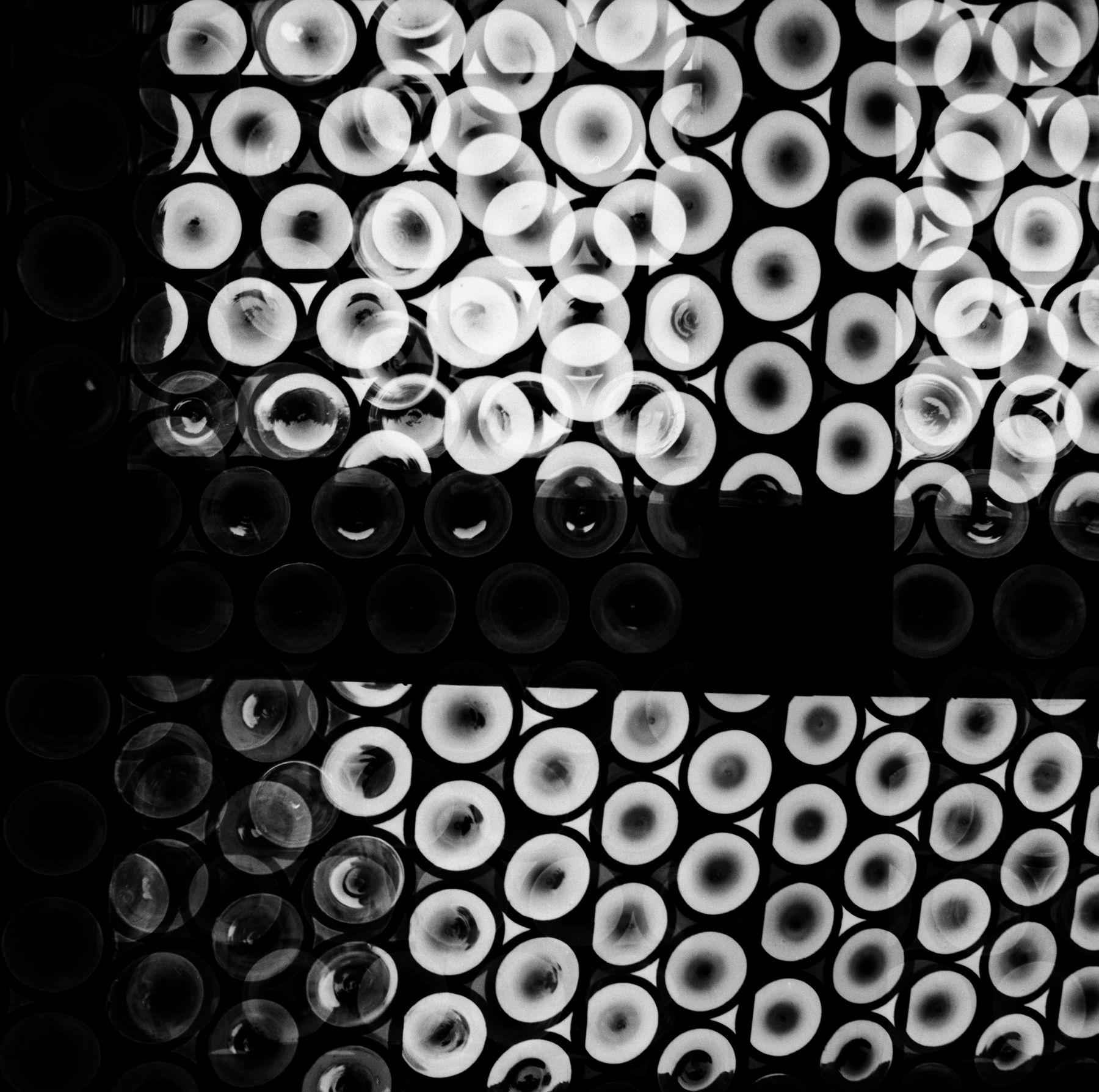 Geraldo de Barros, Untitled, Allemagne, 1951/2014. Silver gelatin print, 11 13/16 x 15 15/16 in.