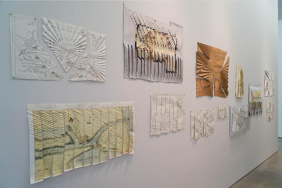 Miguel Angel Ríos, Folding Borders, Installation view, 2013.