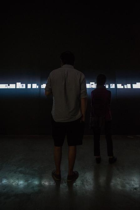 Oscar Muñoz, El Coleccionista, Installation view, 2016.
