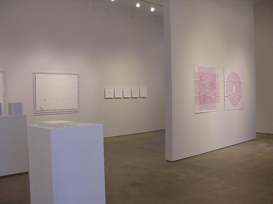León Ferrari, Luis Roldan, Gabriel de la Mora, Sicardi Gallery installation view, 2008