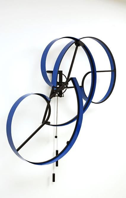 Pedro S. de Movellán, Cumulus, 2006, Powder coated aluminum and brass, stainless steel