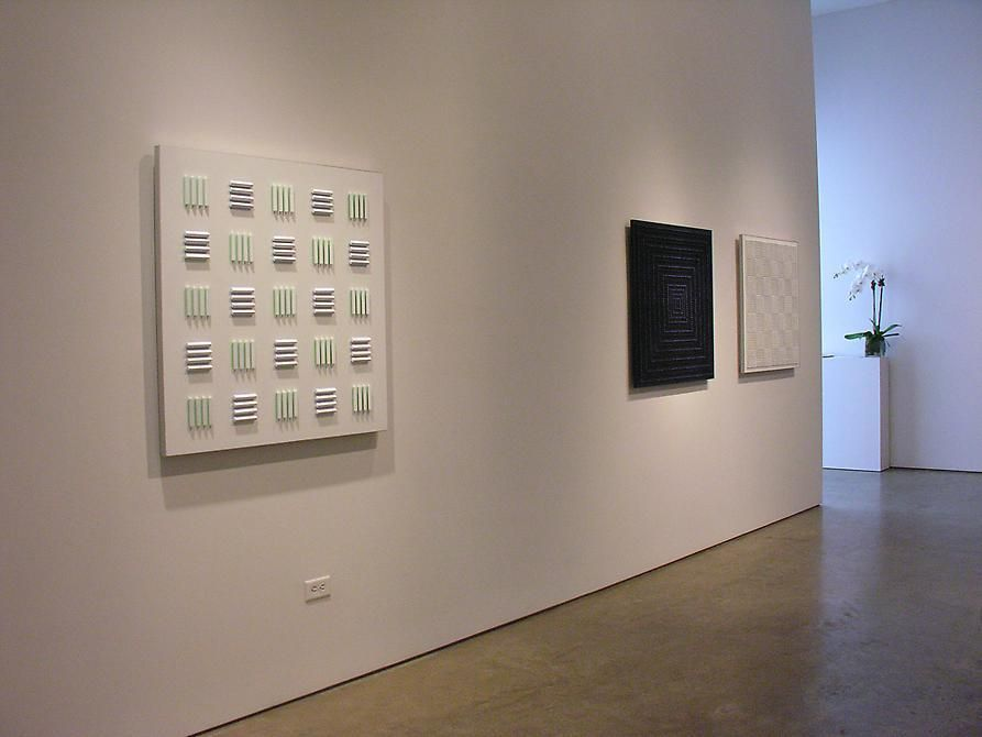 Luis Tomasello, Sicardi Gallery installation view, 2009