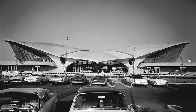 Ezra Stoller. TWA Terminal.  Architect: Eero Saarinen.  1962 / printed c. 1996.  16 x 20 inches.