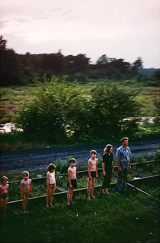 Paul Fusco. Untitled from RFK Funeral Train (Family in Descending Order)