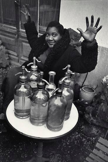 Henri Cartier-Bresson, Place Pigalle. 1933.