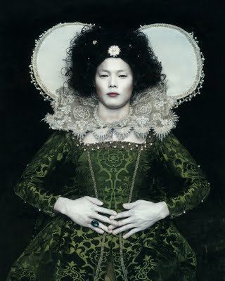 Chan-Hyo Bae. Existing in Costume 1, 2006.